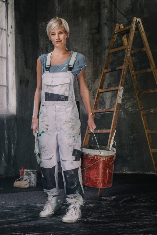 media/image/Damen-Workwear-hochformat_01.jpg