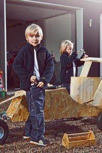 Funktionelle Arbeitskleidung und Arbeitshosen für Kinder